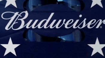 Budweiser TV Spot, '4th of July: Red, White, and Blue Cans' - Thumbnail 7