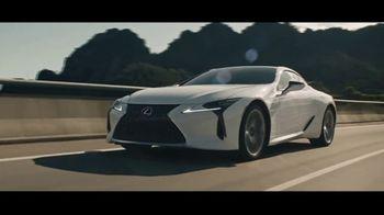 Lexus Evento Golden Opportunity TV Spot, 'El rendimiento' canción de The Kinks [Spanish] [T1]