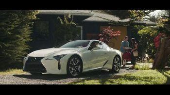 Lexus Evento Golden Opportunity TV Spot, 'El rendimiento' canción de The Kinks [Spanish] [T1] - Thumbnail 5