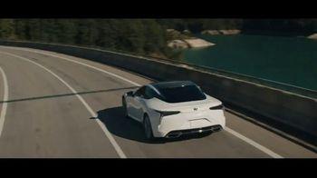 Lexus Evento Golden Opportunity TV Spot, 'El rendimiento' canción de The Kinks [Spanish] [T1] - Thumbnail 7