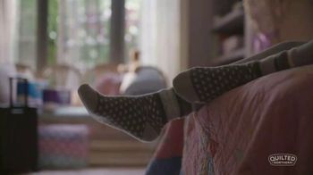 Quilted Northern TV Spot, 'Little Comforts: Bedroom' - Thumbnail 1