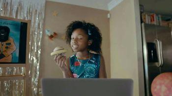 Amazon TV Spot, 'Back to School: Kindergarten With Dad' - Thumbnail 7