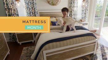 Ashley HomeStore Mattress Month TV Spot, 'Select Mattresses for Less' - Thumbnail 2