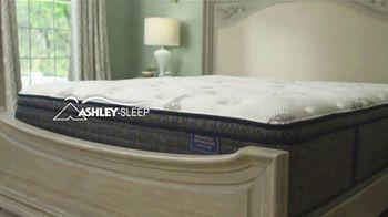 Ashley HomeStore Mattress Month TV Spot, 'Select Mattresses for Less' - Thumbnail 4