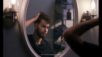 Head & Shoulders TV Spot, 'Stay Flake-Free for 72 hours and Invent a New Log Work-Out'
