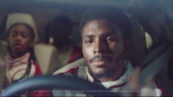 2020 Toyota Highlander TV Spot, 'Home Team' Featuring James Robinson [T2] - Thumbnail 2
