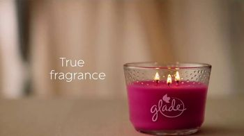 Glade Tropical Blossoms TV Spot, 'Ignite Your Mood' - Thumbnail 7