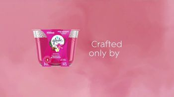 Glade Tropical Blossoms TV Spot, 'Ignite Your Mood' - Thumbnail 9