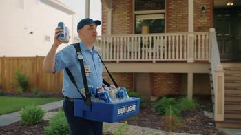 Bud Light TV Spot, 'Beer Vendor: Stadium Stair Rush' - Thumbnail 3