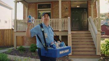 Bud Light TV Spot, 'Beer Vendor: Stadium Stair Rush' - Thumbnail 4