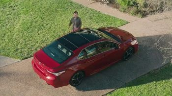 2020 Toyota Camry TV Spot, 'Miguel Angel' [Spanish] [T2] - Thumbnail 4