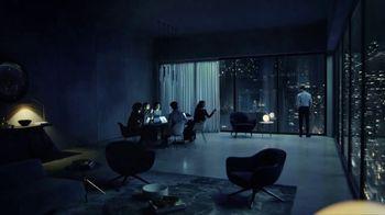 Bleu de Chanel TV Spot, 'Hombre estrella' canción de David Bowie [Spanish]