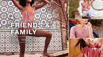Macy's TV Spot, 'Welcome Friends & Family' - Thumbnail 4