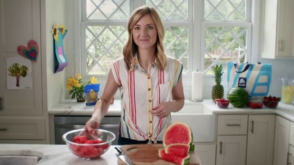 ALDI TV Commercial, 'Fruit Salad: Enjoy the Freshest Fruit'