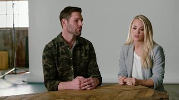 I Am Second TV Spot, 'Mike and Carrie: God & Country' - Thumbnail 9