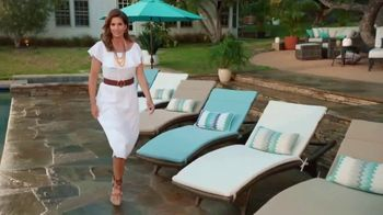 Rooms to Go Patio TV Spot, 'Stylish Summer' Featuring Cindy Crawford