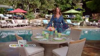 Rooms to Go Patio TV Spot, 'Stylish Summer' Featuring Cindy Crawford - Thumbnail 2