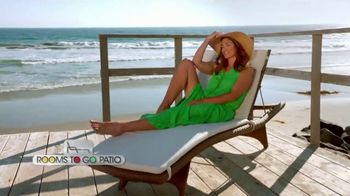 Rooms to Go Patio TV Spot, 'Stylish Summer' Featuring Cindy Crawford - Thumbnail 6