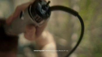 Miller High Life TV Spot, 'Clippers' - Thumbnail 3