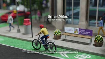 Nationwide Insurance SmartRide TV Spot, 'Drivers of Peytonville' Feat. Brad Paisley, Peyton Manning - Thumbnail 7
