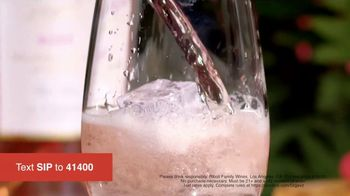Stella Rosa Wines Rosé TV Spot, 'Real Taste Comes Naturally' Song by Solid Spark - Thumbnail 5