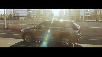 Mazda TV Spot, 'La familia de Crossovers' [Spanish] [T2] - Thumbnail 2