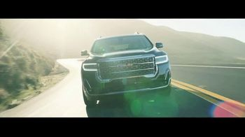 2020 GMC Acadia TV Spot, 'Weekend Starts Now' Song by Sugar Chile Robinson [T2] - Thumbnail 4