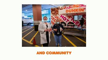 Dunkin' TV Spot, 'Come Run With Us: Community' - Thumbnail 4