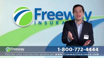 Freeway Insurance TV Spot, 'Ahorra con Freeway: $839 dólares' [Spanish] - Thumbnail 3