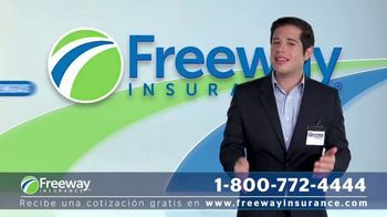 Freeway Insurance TV Spot, 'Ahorra con Freeway: $839 dólares' [Spanish] - Thumbnail 4