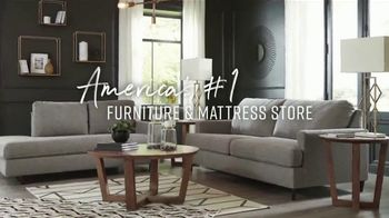 Ashley HomeStore Friends & Family Sale TV Spot, '25% Off: Buy Now, Pay Later' - Thumbnail 7