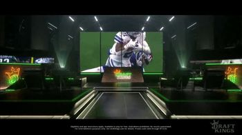 DraftKings TV Spot, '4th and Inches' - Thumbnail 7