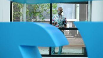 AT&T Wireless TV Spot, 'Big Deal' - Thumbnail 2