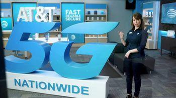 AT&T Wireless TV Spot, 'Big Deal' - Thumbnail 5