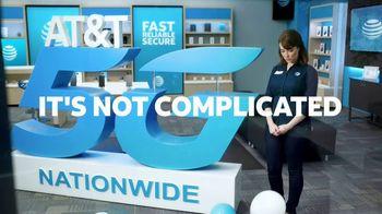 AT&T Wireless TV Spot, 'Big Deal' - Thumbnail 7