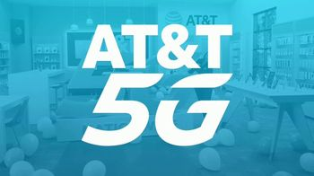 AT&T Wireless TV Spot, 'Big Deal' - Thumbnail 8