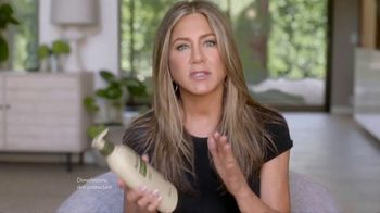 Aveeno TV Spot, 'Chat With an Aveeno Principal Scientist' Featuring Jennifer Aniston