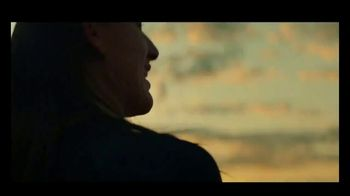 Michelob ULTRA Pure Gold TV Spot, 'Surf' Song by Darondo - Thumbnail 2