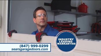 Sears Garage Door Services TV Spot, 'Hey Chicagoland: Save $200' - Thumbnail 4