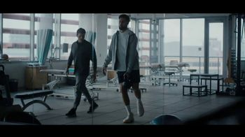 Kaiser Permanente TV Spot, 'Above The Waves' Featuring Klay Thompson