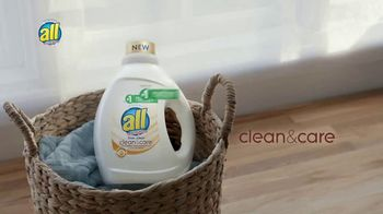 All Laundry Detergent Clean & Care TV Spot, 'Si no te sientas cómodo' [Spanish] - Thumbnail 8