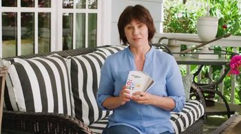 Kelly-Moore Paints Essential Color Set TV Spot, '100 Pages' - Thumbnail 8