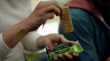 Nature Valley Oats 'N Honey Crunchy Granola Bars TV Spot, 'Energy From the Sun' - Thumbnail 5