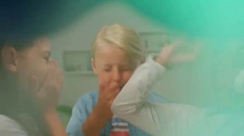 Burping Bobby TV Spot, 'Stinky Snack' - Thumbnail 9