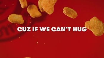 Wendy's Chicken Nuggets TV Spot, 'Hug for a Nug: Free Four Piece' - Thumbnail 6