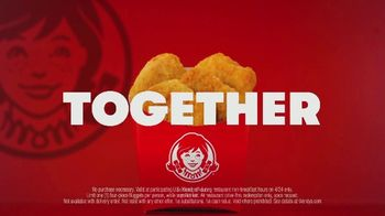 Wendy's Chicken Nuggets TV Spot, 'Hug for a Nug: Free Four Piece' - Thumbnail 9