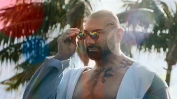 Smirnoff Seltzer TV Spot, 'Hang Out From Home: Dave's Inner Monologue' Featuring Dave Bautista - Thumbnail 6