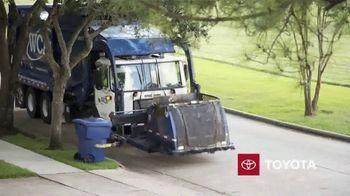 Toyota TV Spot, 'Dear America: Sanitation Workers' [T1] - Thumbnail 4