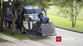 Toyota TV Spot, 'Dear America: Sanitation Workers' [T1] - Thumbnail 6