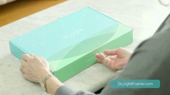 Skylight Frame TV Spot, 'The Perfect Gift for Mom' - Thumbnail 5
